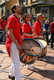Músicos, desfile de la venda de la calle, Milano, Italia Fotos de archivo libres de regalías