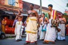Músicos indianos com sringas e cilindros Fotografia de Stock Royalty Free