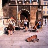 Músicos jovenes de la calle, baño Imagenes de archivo