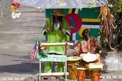 Músicos locales en el puerto de Dominica Fotografía de archivo libre de regalías