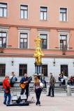 Músicos novos na rua de Arbat (Moscovo) Foto de Stock
