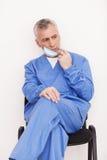 Müder Chirurg. Lizenzfreies Stockfoto