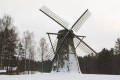 Mühle im Schnee Lizenzfreie Stockfotos