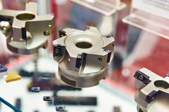 Mühlen und Schneider für Metall lizenzfreies stockfoto