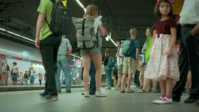 München Beieren, Duitsland, Europa - Juli 02 2018 Spoorweg openbare Vervoer stock footage