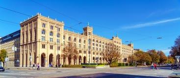 München, Deutschland - 20. Oktober 2017: Gebäude der Regierung von hallo stockfotos