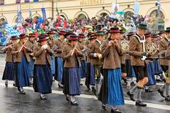 München, Deutschland, am 18. September 2016: Die traditionelle Kostüm-Parade während Octoberfest 2016 in München Lizenzfreie Stockfotografie