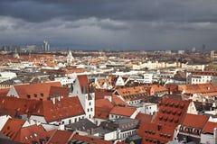 München. Duitsland. Beieren, mening vanaf de bovenkant Royalty-vrije Stock Afbeelding