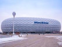 MÜNCHEN, DUITSLAND - 22 FEBRUARI 2018: De Allianz-Arena is het stadion van de huisvoetbal voor FC Bayern Munich met een capacitei Royalty-vrije Stock Foto