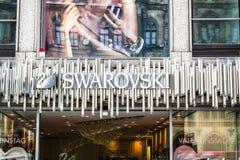 München, Duitsland - Februari 15 2018: Svarowski verkopende juwelen op Marienplatz stock afbeeldingen