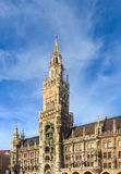 München, gotisches Rathaus bei Marienplatz, Bayern Stockbild