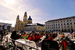 Baad in de zon in München royalty-vrije stock foto's