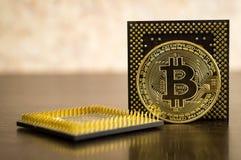 Münze und Auto Bitcoin Cryptocurrency-Wirtschaftsgeld Lizenzfreie Stockfotografie