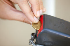 Münze zum offenen Verschluss Stockfotografie