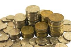 Münzen in den Stapel und lösen Lizenzfreie Stockfotografie