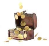 Münzen, die unten fallen Stockbild