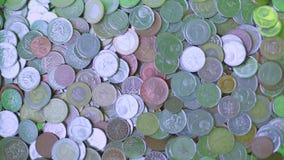 Münzen vom Verkauf von Einzelteilen, Bargeld stock footage