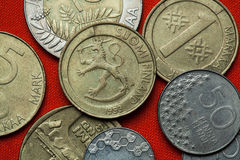Münzen von Finnland lizenzfreie stockfotos