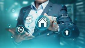 Mądrze domowej automatyzaci system kontrolny Innowaci technologii interneta sieci pojęcie fotografia royalty free