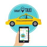 Mądrze taxi usługa pojęcie Smartphone z taxi usługowym zastosowaniem na ekranie, żółta taksówka, uliczna mapa Zdjęcia Stock