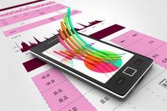Mądrze telefon pokazuje wzrostowego wykres i pasztetową mapę Obrazy Stock