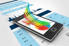 Mądrze telefon pokazuje wzrostowego wykres i pasztetową mapę Zdjęcie Stock