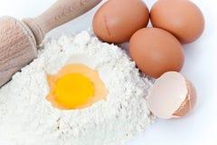 Mąka jajka i kołysanie się szpilka, Obraz Stock