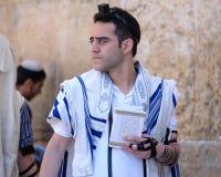 mężczyzna żydowski modlenie Zdjęcia Royalty Free