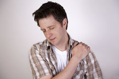 mężczyzna bólu ramię obrazy royalty free