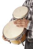Mężczyzna bawić się bongo pod ręką Zdjęcia Stock