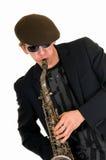 mężczyzna bawić się saksofonowy modnego Fotografia Stock