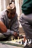 Mężczyzna bawić się szachy w Kathmandu, Napal Obrazy Stock