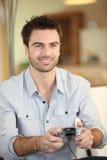 Mężczyzna bawić się wideo gry Obrazy Royalty Free