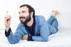 Mężczyzna bierze selfie Zdjęcia Stock