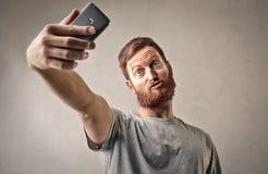 Mężczyzna bierze selfie fotografia royalty free