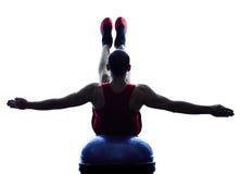Mężczyzna bosu równowagi trener ćwiczy sprawności fizycznej sylwetkę Obraz Stock