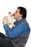 Mężczyzna całuje kota Obraz Royalty Free
