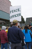 Mężczyzna chwytów protesta znak Zdjęcie Stock
