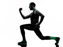 Mężczyzna crossfit ćwiczy sprawności fizycznej sylwetkę Zdjęcie Royalty Free