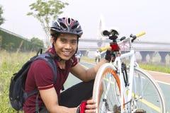Mężczyzna cyklista Zdjęcie Royalty Free