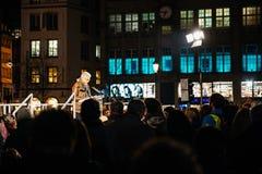Mężczyzna dostarcza mowę w centrum Strasbour Zdjęcie Royalty Free