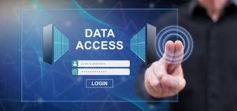 Mężczyzna dotyka dane dostępu pojęcie obraz stock