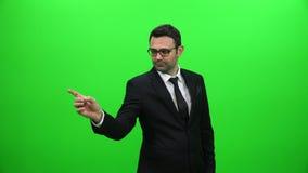Mężczyzna dotyka wizualnego ekran zdjęcie wideo