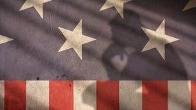Mężczyzna główkowania cień na Usa flaga Fotografia Royalty Free