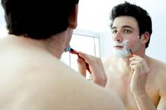 mężczyzna golenie Zdjęcie Royalty Free