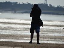 Mężczyzna i jego kamera Obraz Royalty Free