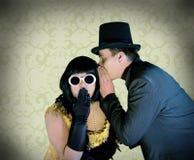 Mężczyzna i kobieta Odizolowywający na Tradycyjnej Deseniowej makacie Zdjęcie Royalty Free