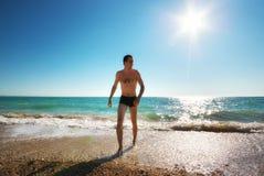 Mężczyzna i morze fotografia stock