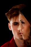 Mężczyzna jest poważny patrzeć na kobiecie Obraz Royalty Free