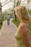 mężczyzna kobieta liści Obraz Royalty Free